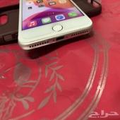 ايفون 7 بلس لون فضي ذاكره 32 نظيف مره