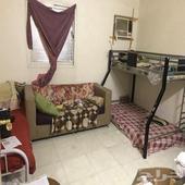 غرفة داخل شقة للايجار لشخص واحد فقط