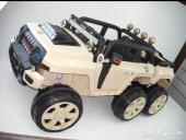 سيارة أطفال همر لاربع اشخاص بسعر وشكل مميز