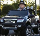 سيارة جيب فورد للأطفال ولها مفتاح تشغيل