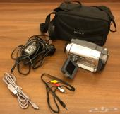 للبيع كاميرات فيديو متنوعة الماركات نظيفة