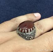 خاتم مميز جدا بعقيق يمني كبدي رماني صافي