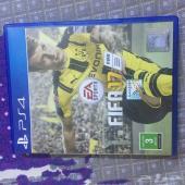 للبيع FIFA 17 للبلاستيشن 4