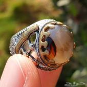 مزاد على خاتم عقيق يماني طبيعي بصياغة مميزة