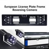 فريم لوحة للسيارة مع كاميرا خلفية