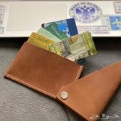 محفظة بطائق جلد طبيعي