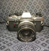 كاميرا اوليمبوس قديمة
