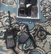 ريشه وسماعات للأجهزة لاسلكية اليدوية