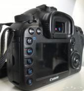 كاميرا كانون7d mark II بجميع ملحقاتها بالعدسة