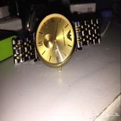 ساعة إمبوريو أرماني للون ذهبي