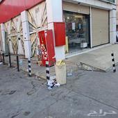 محل داخل محطة بنزين بموقع استراتيجي للإيجار