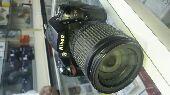 للبيع كاميرا نيكون D90