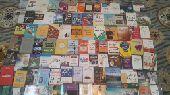أكثر من 90 كتاب للبيع