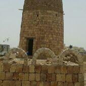 ابوتركي لتنفيذ أعمال التراثية وعندي قسم خاص لتنفيذ أعمال الحجر