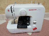 للبيع مكينة خياطة سنجر ستارت جديدة