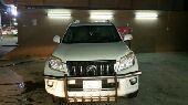 سيارة تويوتا برادو 2010
