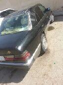 سيارة مرسيدس E230 موديل 90 للبيع الحالة ممتاز