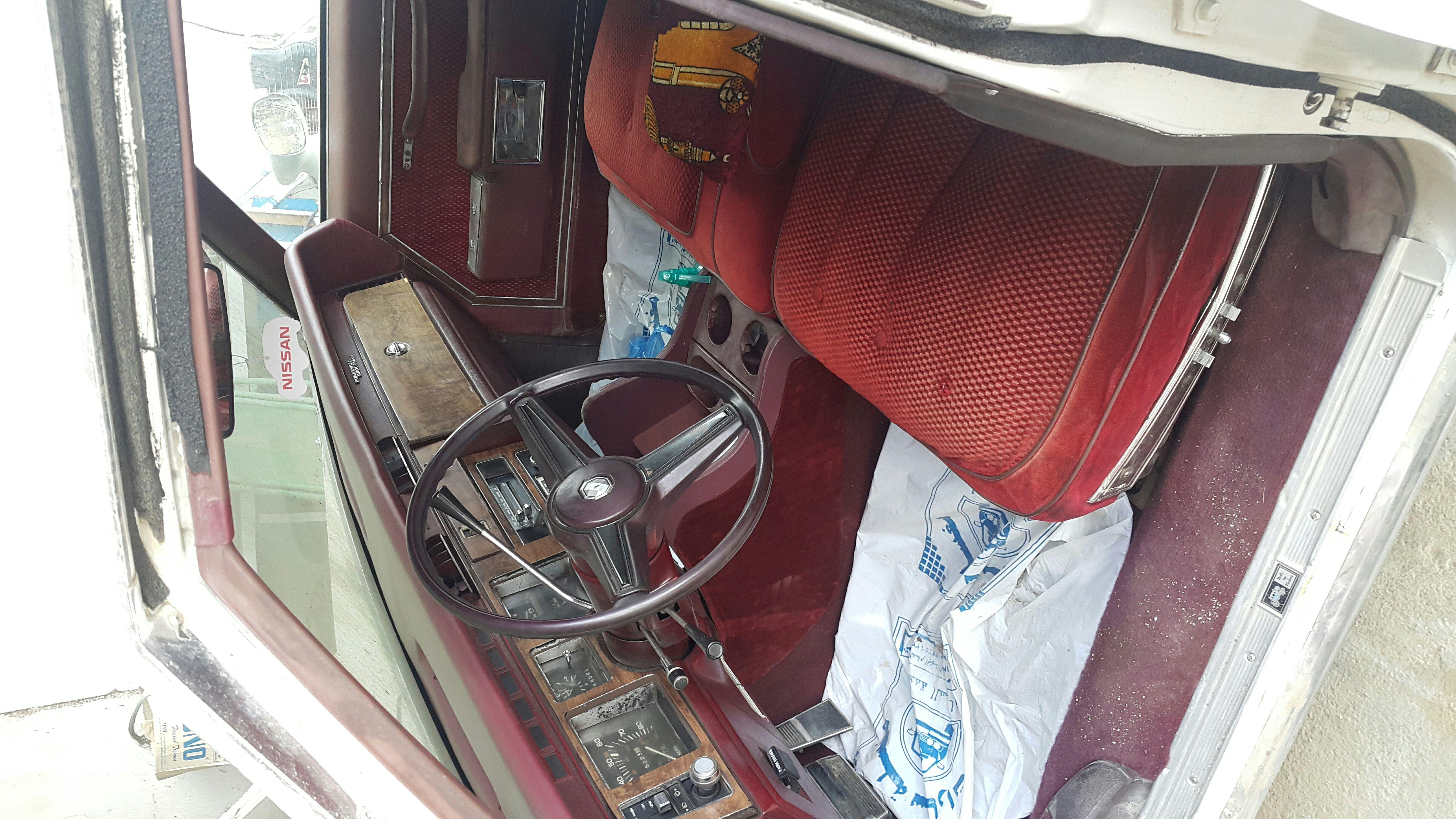 بنوفيل بونتياك سياره كلاسيكية تراثيه
