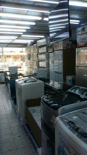 مركز لبيع اللاجهزة الكهربائية سوق الامير متعب