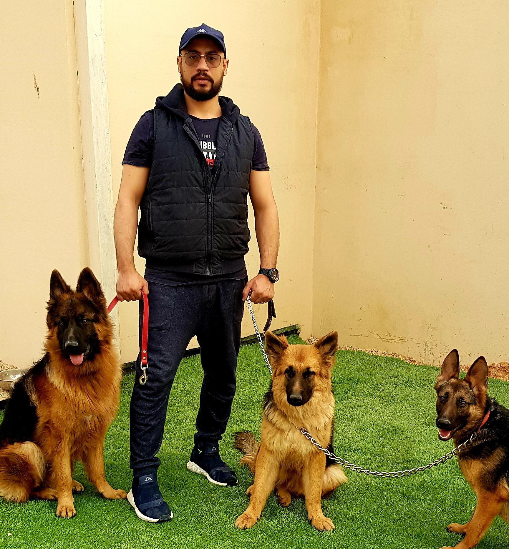 مدرب كلاب محترف بالرياض